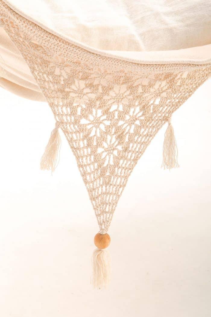 luxe hangstoel met franje | handgeweven | naturel BIO katoen | ecomundy ibiza chair - HANGMATTEN-WEBSHOP.NL